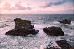Praia do porth de Trevellas em Cornualha Reino Unido Inglaterra fotos de stock royalty free