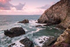 Praia do porth de Trevellas em Cornualha Reino Unido Inglaterra imagem de stock
