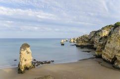 Praia Dona Ana - Lagos dans Algarve, Portugal Images libres de droits