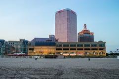 Praia e casinos Fotos de Stock Royalty Free
