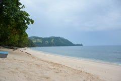 Praia e ele lugar do ` s Imagens de Stock Royalty Free