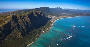 Praia e litoral de Waimanalo na ilha de Oahu, Havaí foto de stock