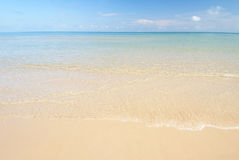 Praia e mar Fotografia de Stock