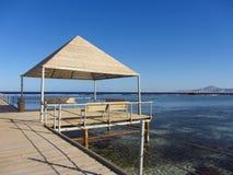 Praia e mar imagem de stock royalty free