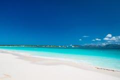 Praia e mar das caraíbas foto de stock