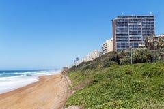 Praia e mar litorais da paisagem em Umhlanga África do Sul Imagem de Stock