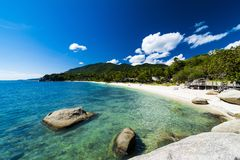 Praia e mar tropicais fotos de stock royalty free