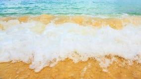 Praia e mar tropical Imagem de Stock