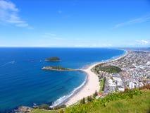 Praia e o céu Imagens de Stock Royalty Free