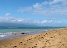 Praia e oceano Imagens de Stock Royalty Free