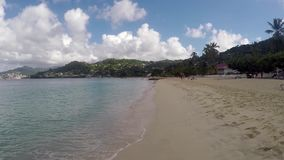 Praia e ondas video estoque