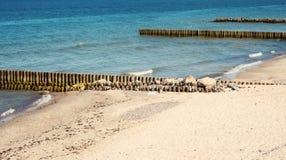 Praia e pedras Königsberg fotos de stock royalty free