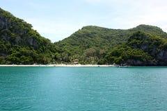 Praia em Ang Thong National Marine Park, Tailândia fotografia de stock