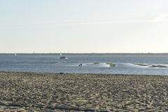 Praia em França na tarde fotografia de stock