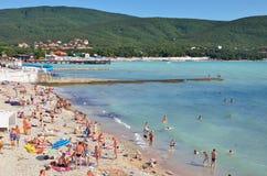 Praia em Kabardinka, Rússia Imagens de Stock