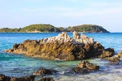 Praia em Koh Larn, pattaya, Tailândia imagens de stock royalty free