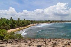Praia em torno de Cueva Del Indio - caverna indiana, Porto Rico Foto de Stock