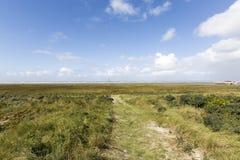 Praia ensolarada em uma ilha nos Países Baixos fotos de stock royalty free