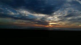 Praia escura Fotografia de Stock Royalty Free