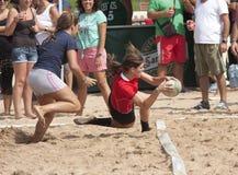 Praia fêmea do rugby Fotos de Stock Royalty Free