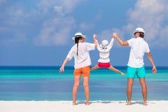 Praia feliz da família Fotografia de Stock Royalty Free