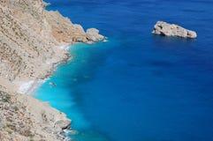 Praia grega, console dos amorgos fotografia de stock royalty free