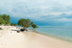 Praia indonésia Imagens de Stock Royalty Free