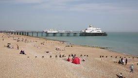 Praia Inglaterra Reino Unido de Eastbourne vídeos de arquivo