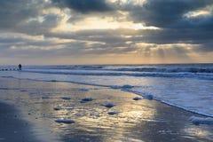 Praia litoral South Carolina do insensatez do fundo imagem de stock