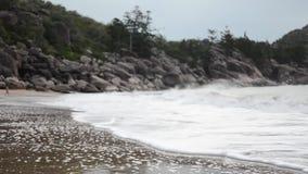 Praia magnética da ilha vídeos de arquivo