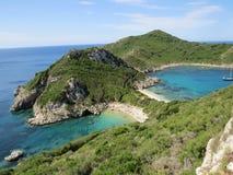 A praia a mais bonita de Porto Timoni, Afionas na ilha grega Corfu Fotografia de Stock Royalty Free
