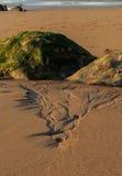 A praia maravilhosa e peculiar de Barrika fotos de stock