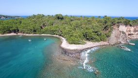 Praia mediterrânea de Antalya da vista aérea vídeos de arquivo