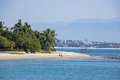 Praia mexicana do Oceano Pacífico Foto de Stock Royalty Free