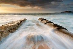 Praia Mona Vale da bacia dos fluxos maré imagem de stock royalty free