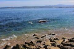 Praia na baía Califórnia de Monterey Fotos de Stock Royalty Free