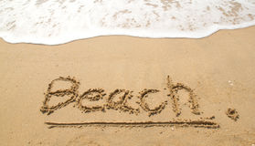 A praia na praia Imagens de Stock Royalty Free