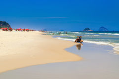 Praia na praia de Barra da Tijuca, Rio de janeiro Fotografia de Stock Royalty Free