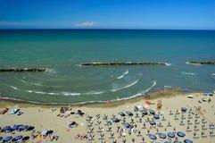 Praia na região de Abruzzo, Itália foto de stock royalty free