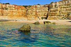 Praia no Algarve, Portugal fotografia de stock