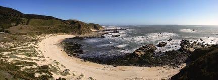 Praia no mocha da ilha fotos de stock