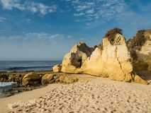 Praia no vendaval, Portugal da areia fotos de stock