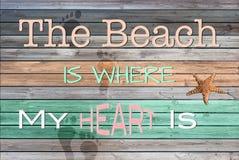 A praia é onde meu coração está Fotografia de Stock