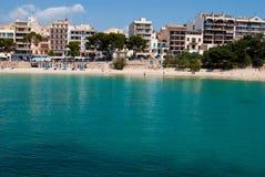 Praia pública do recurso de Porto Cristo, Majorca Fotografia de Stock
