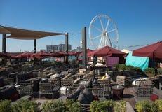 Praia pública nova - residência da praia de Jumeirah em Dubai Fotos de Stock