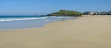 Praia panorâmico de Porthmeor da vista em St. Ives, Reino Unido. Imagens de Stock