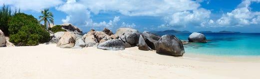 Praia perfeita da imagem nas Caraíbas Imagens de Stock Royalty Free