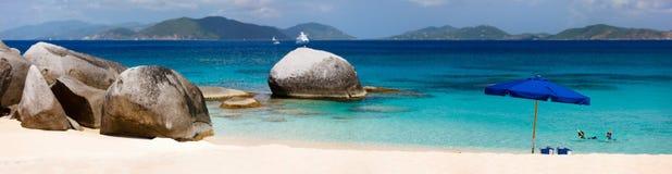 Praia perfeita da imagem nas Caraíbas Imagem de Stock