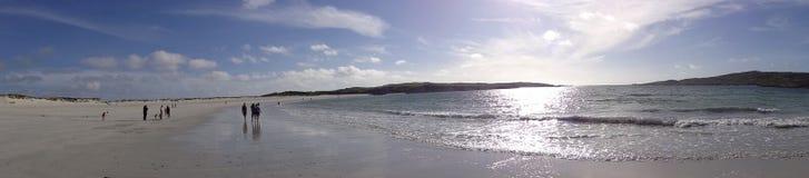 A praia perto de Clifden ireland fotografia de stock royalty free