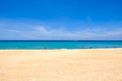 Praia Phuket Tailândia de Karon em abril 2010 Fotos de Stock